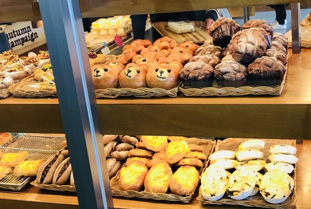 【泉大津】駅内の焼きたてパン食べ放題のお店!cookhouse(クックハウス)
