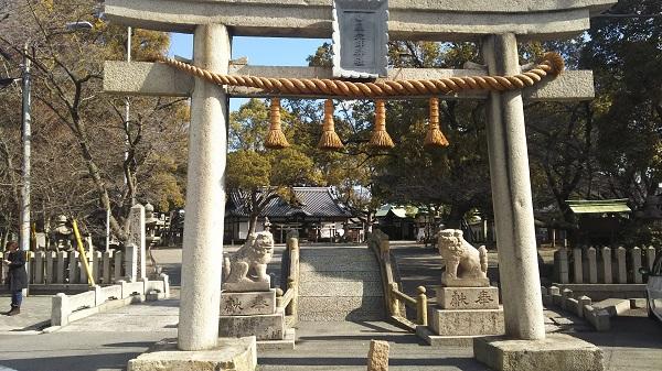 泉大津穴師神社